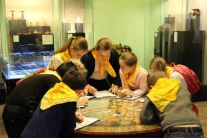 Образовательная программа «День в музее»